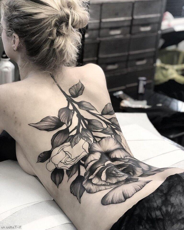 rosa blanca y negra