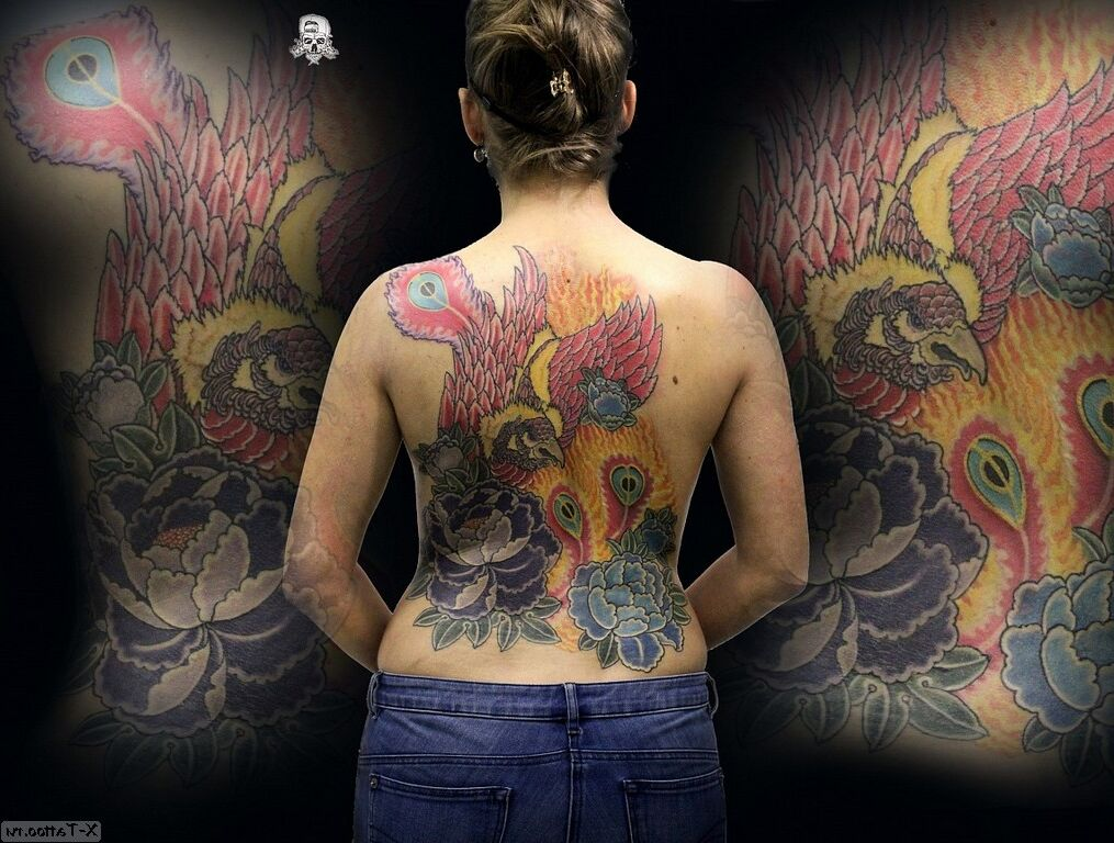 phoenix en la espalda