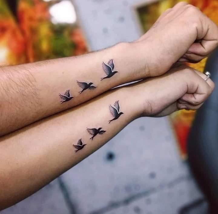 Tatuajes Pequenos para Parejas Pajaros la costado de la Muneca