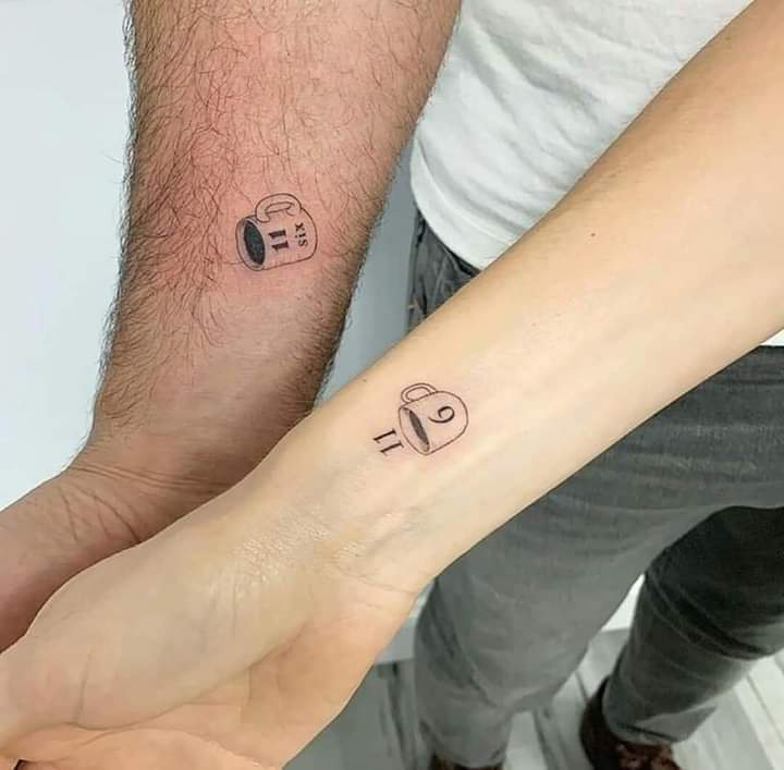 Tatuajes Pequenos para Parejas tazas en la muneca