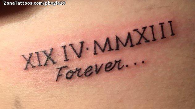 Tatuajes con Letras Romanas con inscripcion Forever