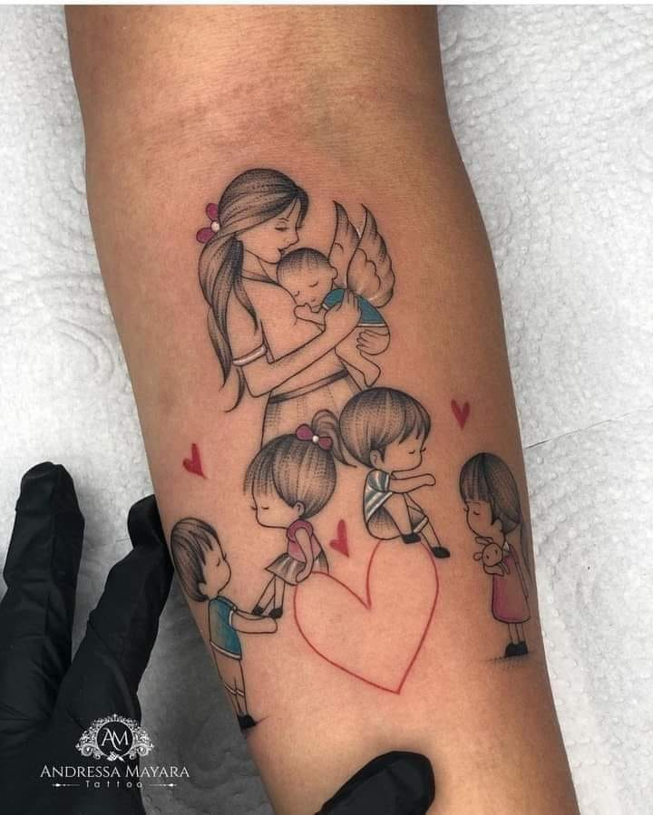 Tatuajes de Madre e Hijos y familia madre angelito y cuatro hijos