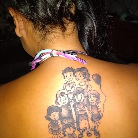 Tatuajes de Madre e Hijos y familia madre padre y cuatro hijos