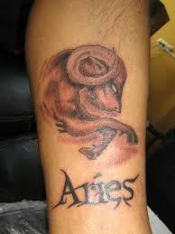 Tatuajes de aries carnero rojo a color