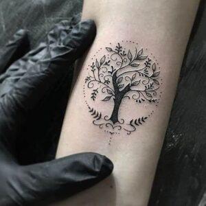 tatuaje arbol de la vida mujer significado
