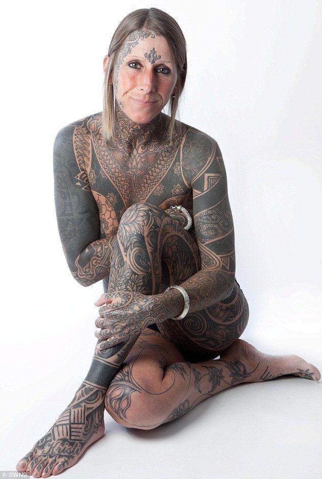 tatuaje cuerpo completo mujer