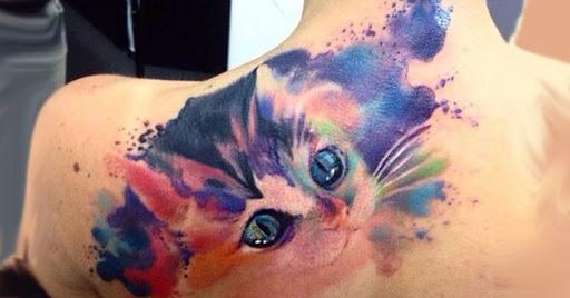 tatuaje de gato para mujer