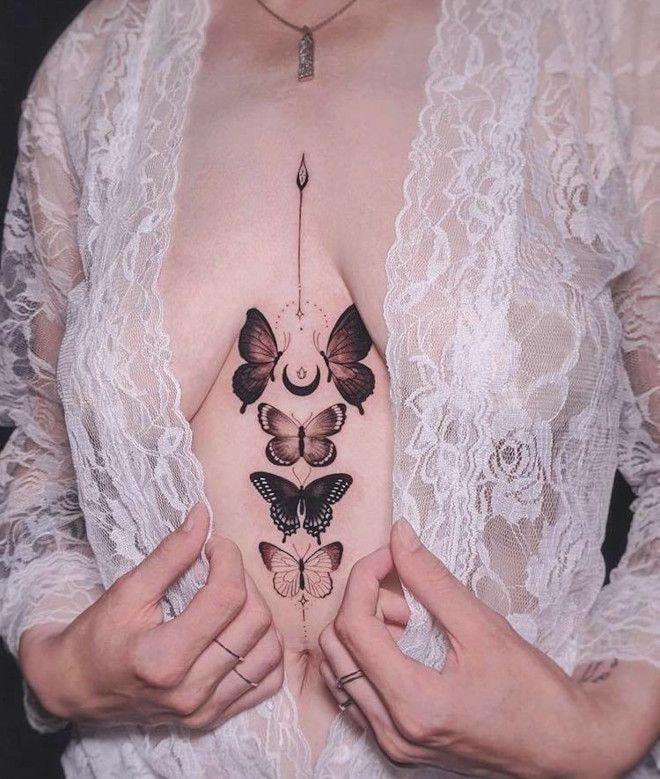 Tatuajes Para Mujeres En Medio De Los Pechos