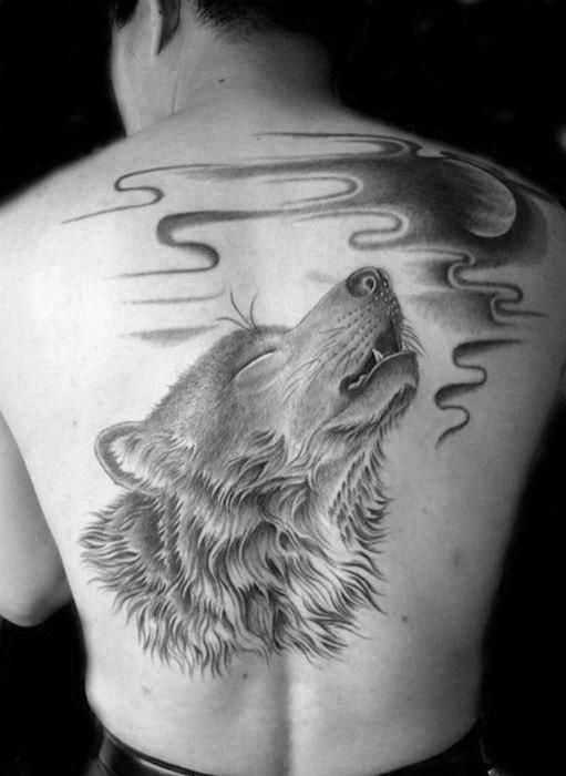 tatuaje espalda completa hombre lobo