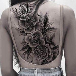 tatuaje espalda completa mujer grandes flores