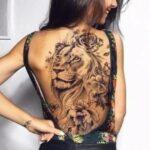 tatuaje espalda completa mujer leon