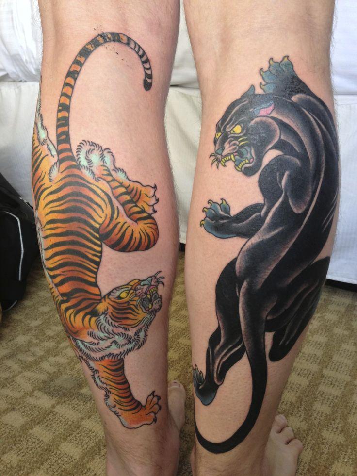 tatuajes de zonas de mujeres pantorrilla tibre y pantera